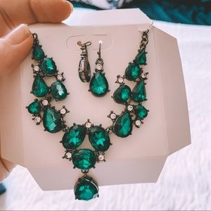 FREE Necklace with Green Jems